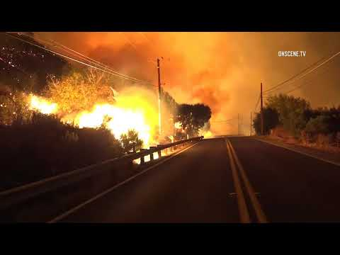 Ventura County Fire Video : Thousands flee massive Southern California wildfire