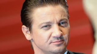 The Double Life Jeremy Renner Tried To Keep From Everyone