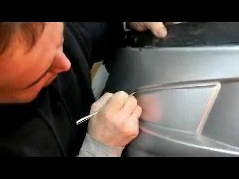 Как прорезать бампер под противотуманки Противотуманки на ПРИОРУ вырезаем ножом и болгаркой