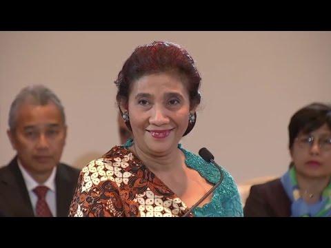 [EVENT] Menteri Susi Pudjiastuti  dalam World Economic Forum, Jakarta 20 April 2015.