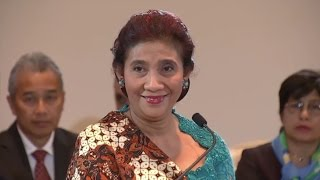 Menteri Susi Pudjiastuti menjadi narasumber dalam World Economic Forum, Jakarta 20 April 2015.