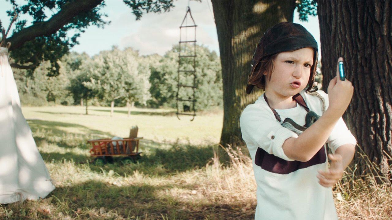 Hansaplast Kids Pflaster Mit Star Wars Tm Und Frozen Auf Hansaplat Tin Heldenhafter Mission