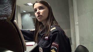 Iforin Дима наказал красавицу девушку полицейскую.