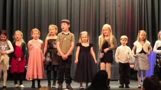 Helena singing jul i svingen