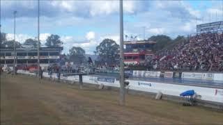 Top Fueler Nitro - Drag Racing at Willowbank Raceway