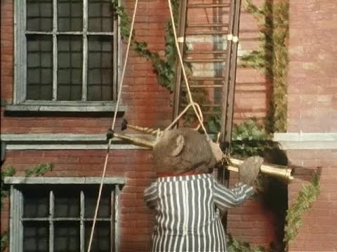 The Wind in the Willows S03E04 Toad, Astronomer