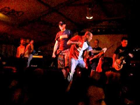 Bloody Riot-Gioventù Bruciata@Magazzino 47-Brescia 18-06-2011.AVI