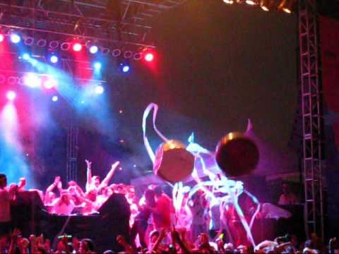 Girl Talk - Live - Freepress SummerFest @ Houston 2010 - Part 1