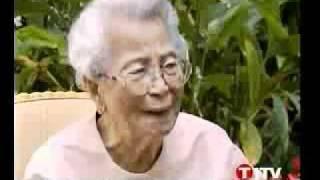 Repeat youtube video รายการย้อนรอย ตอนรำลึกท่านผู้หญิงพูนศุข พนมยงค์ 12 พ ค  2550   ปรีดี พูนศุข พนมยงค์
