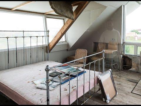 Abandoned villa in Stokkseyri - Iceland
