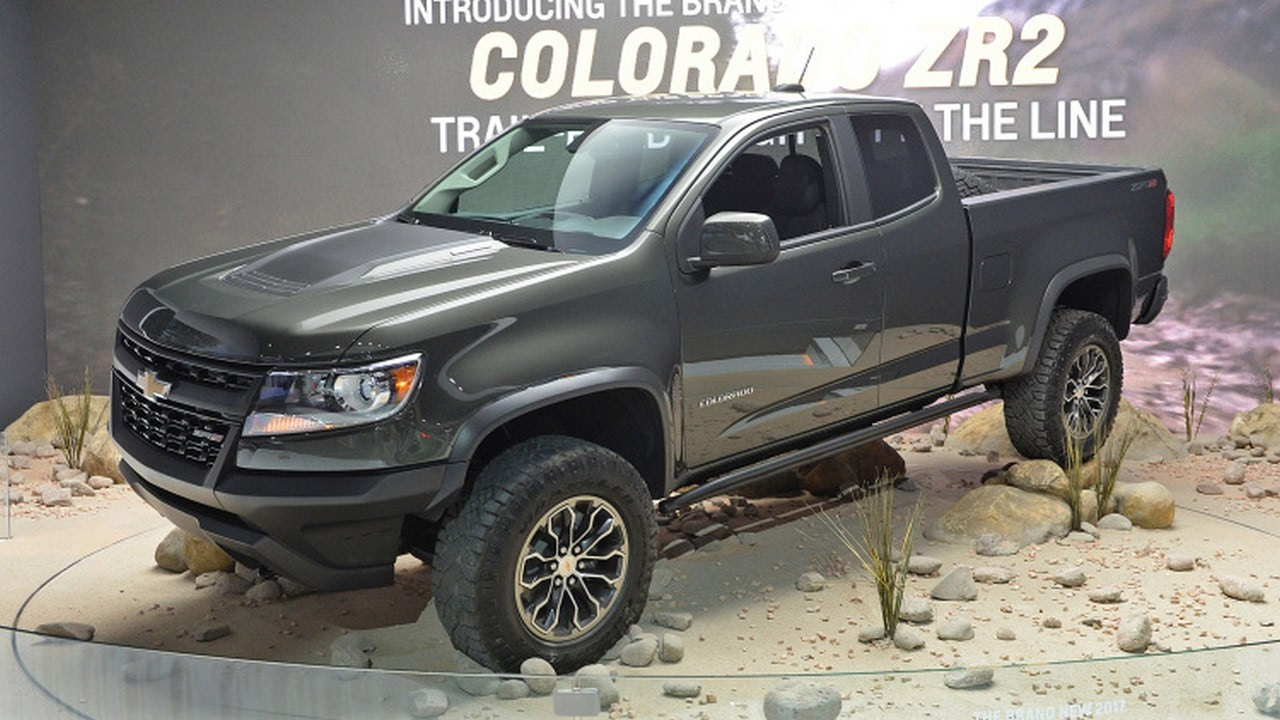 HOT OR NOT ] THE HARDCORE 2017 CHEVROLET COLORADO ZR2 | THE MUSCLE ...