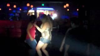 El Calor Night Club in Indio/Tienen tremendo CuLo!