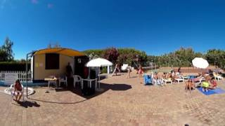 Area giochi e piscina - La Foce Village & Camping a Valledoria (SS), in Sardegna - Video 360