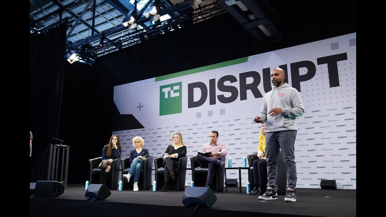 Gmelius pitching @ TechCrunch Berlin Startup Battlefield 2019