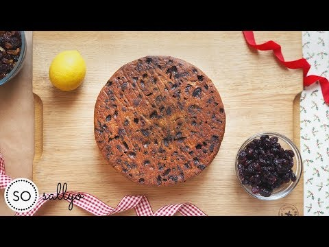 How To Make A Simple Christmas Cake Recipe With Kids | Easy Fruit Cake Step By Step 2018