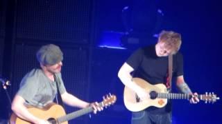 guiding light unplugged without a mic ed sheeran foy vance ryman auditorium 22 01 2013