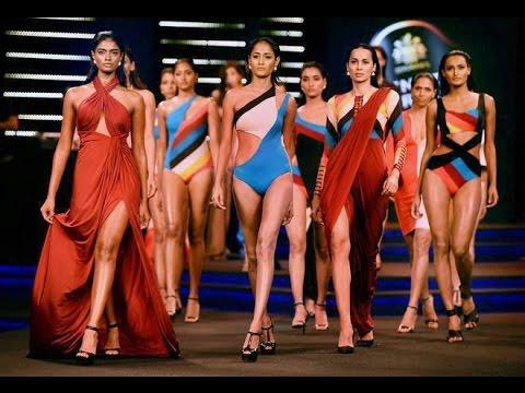 Bikni Show Sexy Model Blenders Pride Fashion Tour 2014 in Mumbai