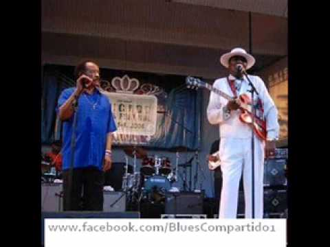 Eddy Clearwater & Jimmy Johnson - Acoustic Duo - Chicago Reservation Blues (Eddy's Bar). 2006