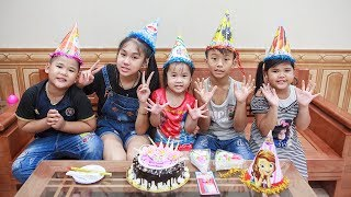 Kids Go To School | Day Birthday Of Chuns Children Go Buy Birthday Cake At The Store