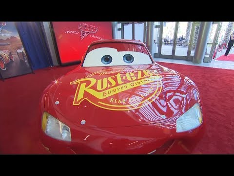 "Hollywood Minute: ""Cars 3"" world premiere"