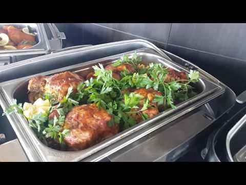 وجبة الغداء في برج فلسطين التجاري - المطعم الدوار