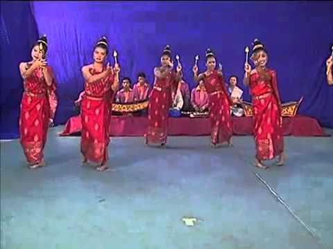 LAO  TRADITIONAL DANCE  1