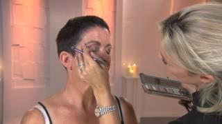 Hoe accentueer je je vrouwelijke vormen met make-up | Last Chance Salon