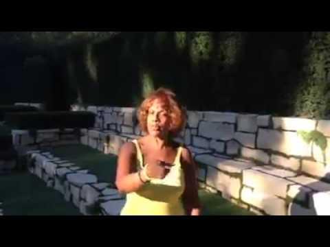 Gayle King Ice bucket challenge