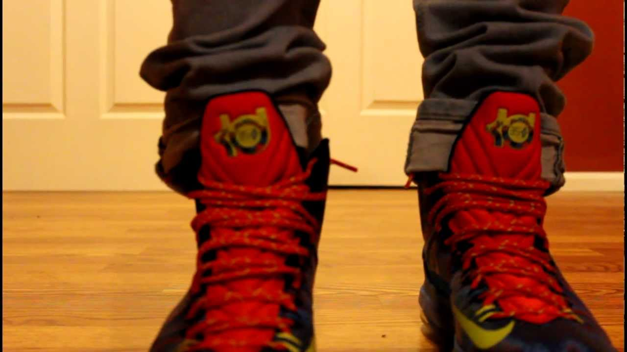 KD V 5 HOLIDAY CHRISTMAS On feet (HD) - YouTube