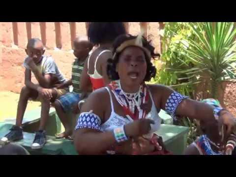 Traditional healers Intwaso kubongwa ingwenyama