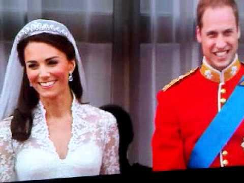 The Royal Wedding Kiss: Prince William and Kate Mi...