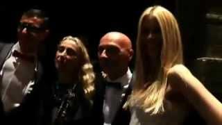 Клаудия Шифер на вечеринке Dolce&Gabbana(Клаудия Шифер на вечеринке Dolce & Gabbana., 2013-02-26T19:09:43.000Z)