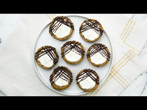 Chocolate Chip Cookie Cheesecake Cups // Presented by LG USA