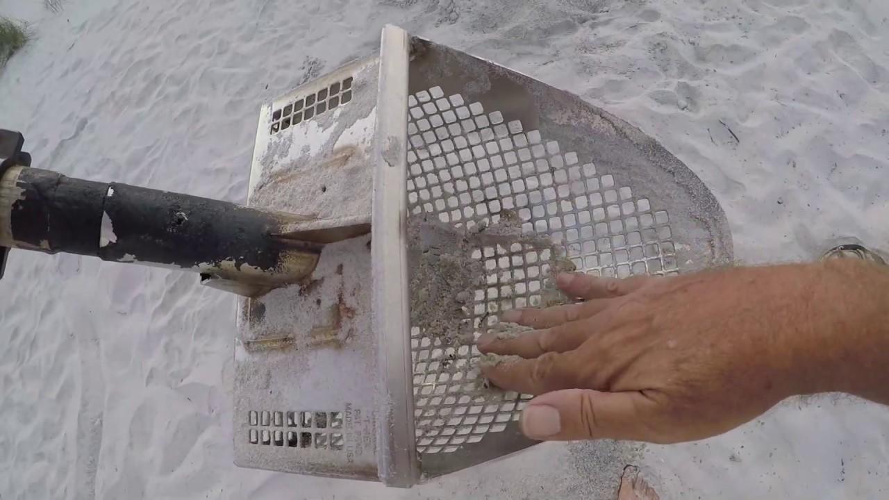 Beach Metal Detecting IDD 148 Dry Sand Bonanza Part 2