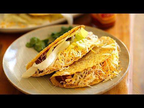 Beth's Easy Slow Cooker Beef Taco Recipe   ENTERTAINING WITH BETH