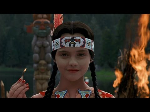 ADDAMS FAMILY VALUES (1993) Movie Review