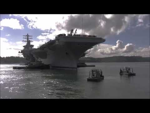 Aircraft Carrier USS Nimitz Docks