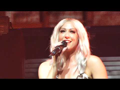 Steps - It's The Way You Make Me Feel (Live) Newcastle Metro Radio Arena 20/11/17