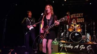 The Bangles - Manic Monday (Whisky A Go-Go in Hollywood, CA 12/9/2016)
