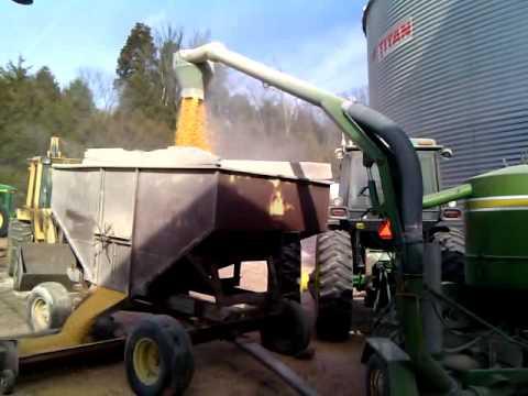 Grain VAC on plugged bin sump