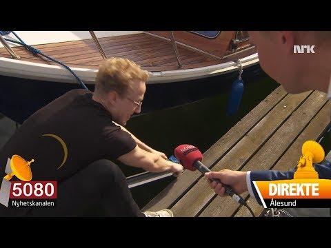 Mann (26) forsøker å fortøye båten slik svigerfar har bedt ham om