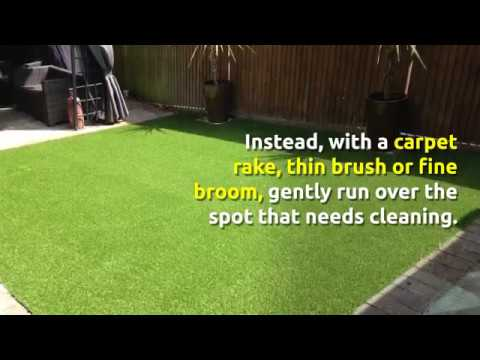 How to Clean Synthetic Grass in Nottingham