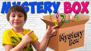 Что Внутри СЮРПРИЗ БОКС? Игрокон 2017 - Камиль открывает Загадочную Коробку Funny or Children Кикидо