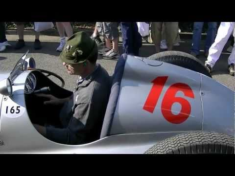 Silver Arrow warming up, LOUD engine sound, W165 Mercedes