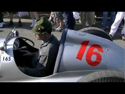 Silver Arrow warming up, LOUD engine sound, W165 Mercedes