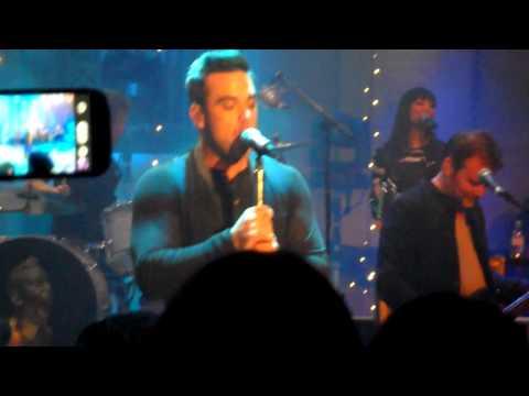Robbie Williams - Christmas Songs Medley - Radio 2 Concert - 13.12.12