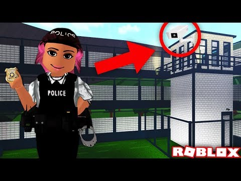ADDING SECURITY CAMERAS TO MY POLICE STATION | Bloxburg | Roblox