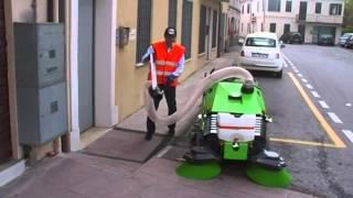 Уличная уборочная техника - Коммунальные уборочные машины - DURASWEEP 125 BT(, 2015-01-15T10:28:31.000Z)