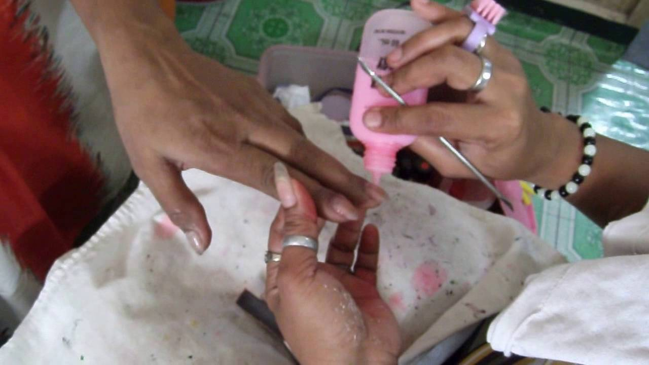 Manicure at home service