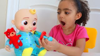 Leah Wants to Be a Good Sister for Dolls   Pretend Play Sing Along